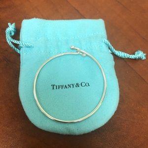 Tiffany wire clasp bracelet